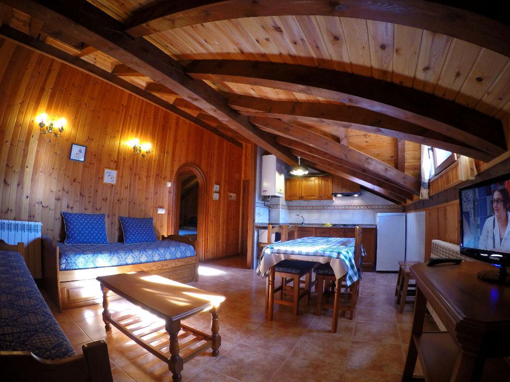 Apartaments Camping del Cardós